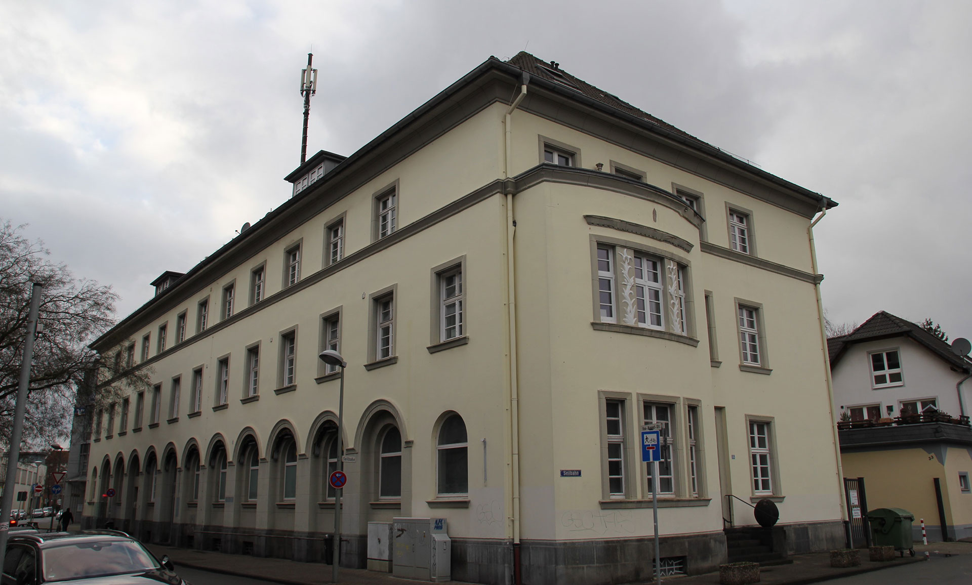Hausverwaltung Krefeld: Von-Brempt-Straße 4 WEG-Verwalter