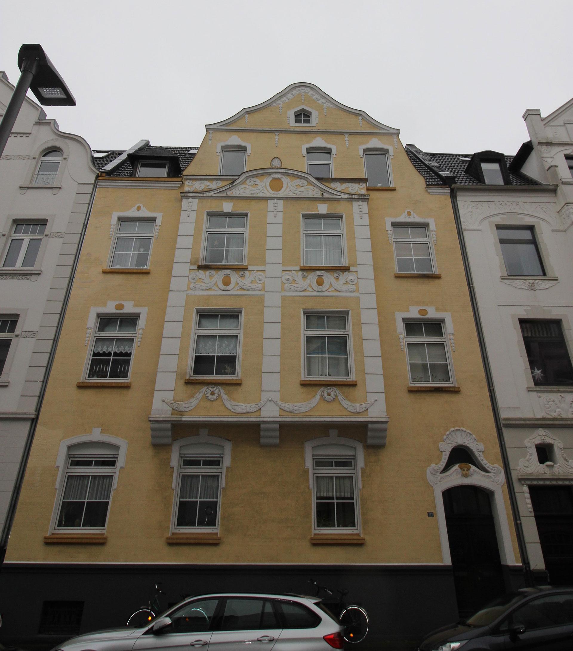 Hausverwaltung Krefeld: Waldhofstraße-122-WEG-Verwalter